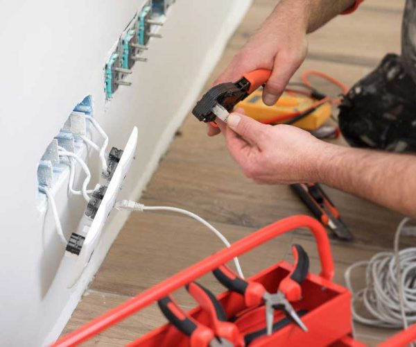 Residential-Electrician